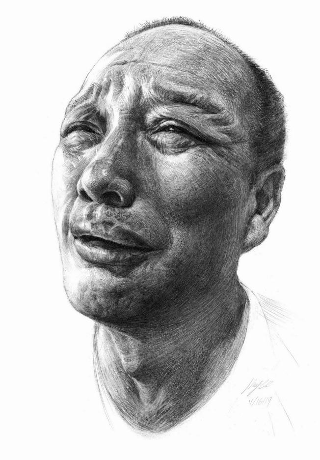 馬瑞舸的素描頭像作品「無法細訴的爸爸」(Dad Untold)獲全國金獎。(范新林提供