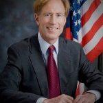 聖荷西市府律師多爾8/8退休 弗里曼任臨時律師