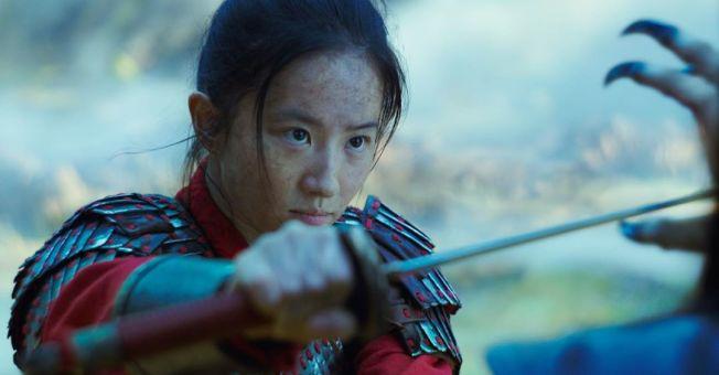 「花木蘭」在歐美不上戲院,引起巨大爭議。圖/摘自imdb