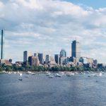 越來越多波士頓企業 讓員工明年再回辦公樓
