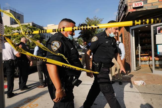 周日凌晨僅幾小時內,紐約市發生七起槍擊案。(Getty Images)