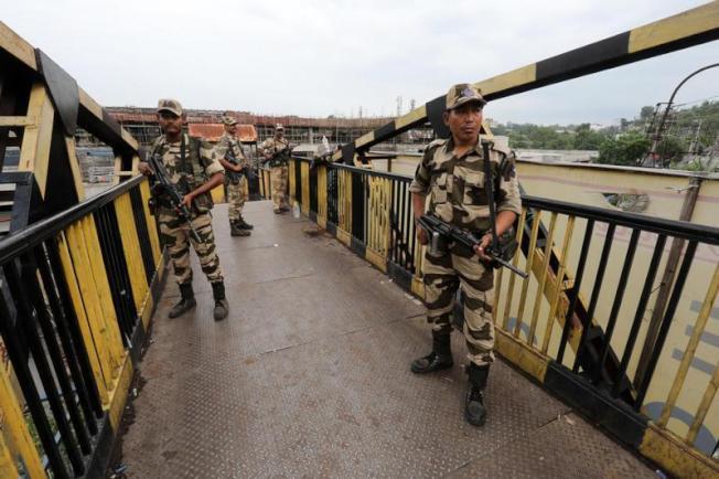 圖為在中印邊境拉達克地區的印軍。(歐新社)