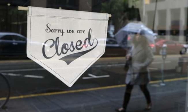 因為疫情,仰賴遊客的許多舊金山業者都已無限期停業。(美聯社)