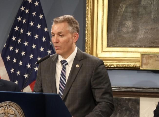市警總局局長希爾針對紐約槍擊案件數發言。(記者張晨/攝影)