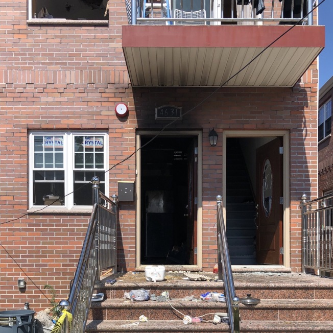 法拉盛一民宅起火,華男涉嫌縱火。(警方提供)
