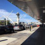 疫情下 洛杉磯國際機場航廈已無往日生機
