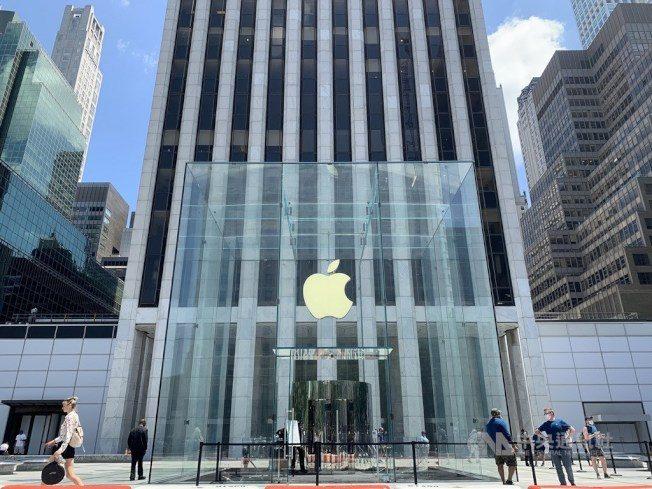 不畏疫情 蘋果市值逼近2兆里程碑