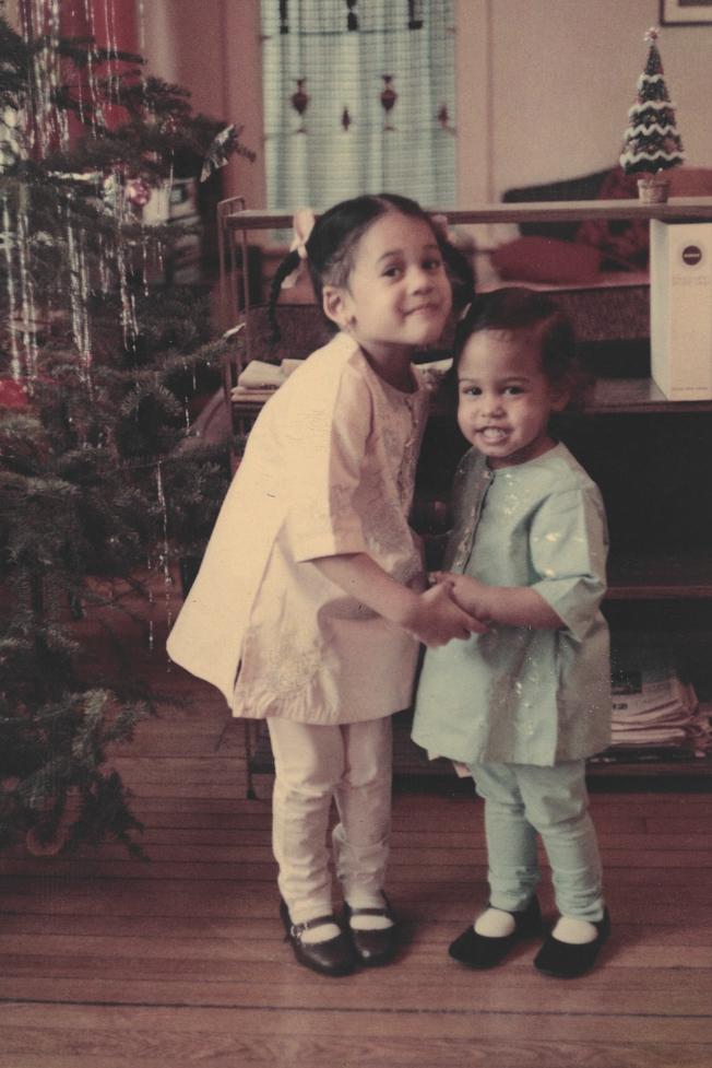 賀錦麗與妹妹Maya。(美聯社)