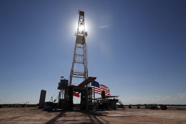預期今年將是全球石油市場史上最糟的一年。(美聯社)