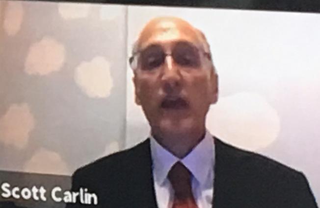 美國長島大學地理學系副教授卡林說,新冠疫情猶如「我們地球的房子著火了」。(圖:世盟提供)