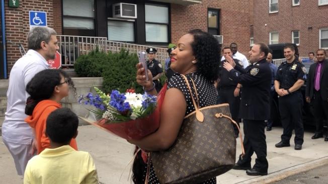 66分局警員為拉托雷舉行餞別,其親人和妻小均出席活動。(記者顏潔恩/攝影)
