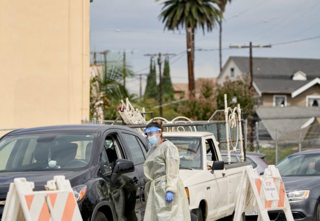 加州的一個新冠病毒檢測站。(Getty Images)
