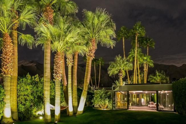 影帝李奧納多狄卡皮歐位於棕櫚泉的度假屋出租,價格每晚3750元起。(取自網站432hermosa.com)