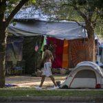 費城百遊民紮營要住房 法官:市府驅離合法