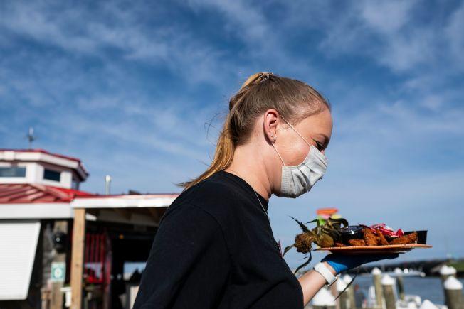 威爾郡、肯卡其郡恢復餐廳和酒吧禁止堂食。(美聯社)