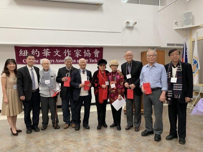 「華美族移民文學獎」紀錄疫情生活 華文作協徵稿