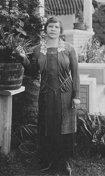 女記者、政治活動家夏洛塔‧巴斯(Charlotta Bass)1952年代表進步黨參選副總統,是第一位非裔女性參選副總統。(取自Wikimedia Commons)