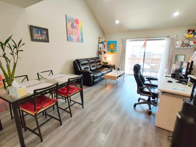 年輕世代住房選擇更偏向康斗、公寓。(讀者提供)