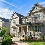 (見報日9/4)全新上市 Fieldstone Way小區位於衛斯里鎮 新建44棟豪華連棟別墅開始出售