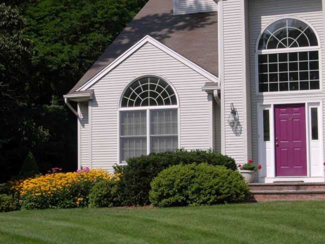 協和鋁塑門窗公司具備先進的生產設備,現代化專業技術,帶給您家居住宅美觀高尚。