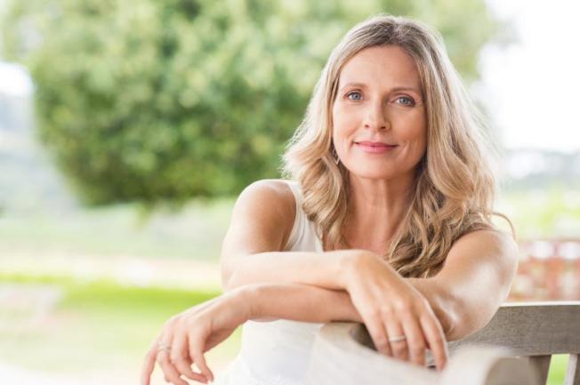 想要容光煥發,中年女性要從養生做起。(Getty Images)