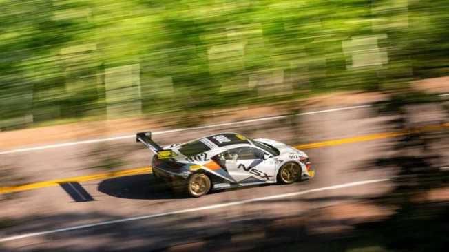 Acura NSX刷新最速Hybrid紀錄!勇奪派克峰爬山賽第3名
