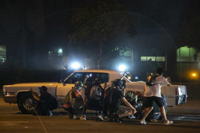 南洛非裔示威不停 警射催淚彈 6人遭逮